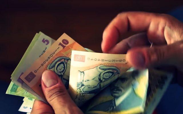 cum să câștigi niște bani pentru un pensionar