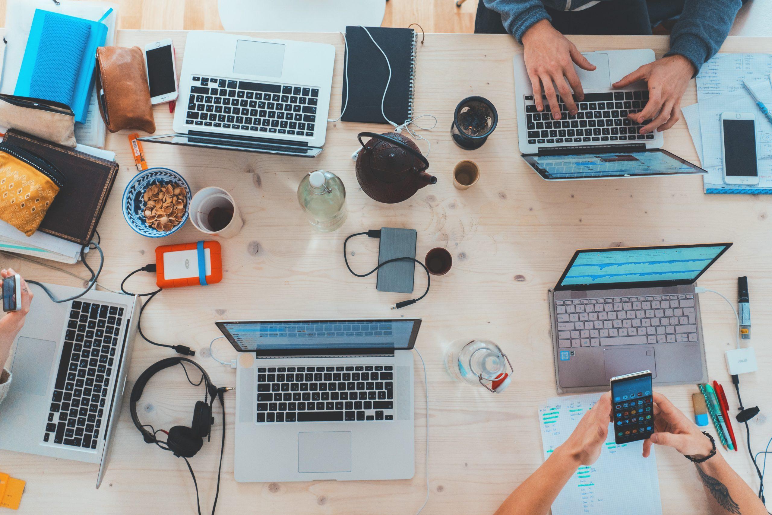 cum să faci bani folosind un laptop Opțiuni binare Lukomorye