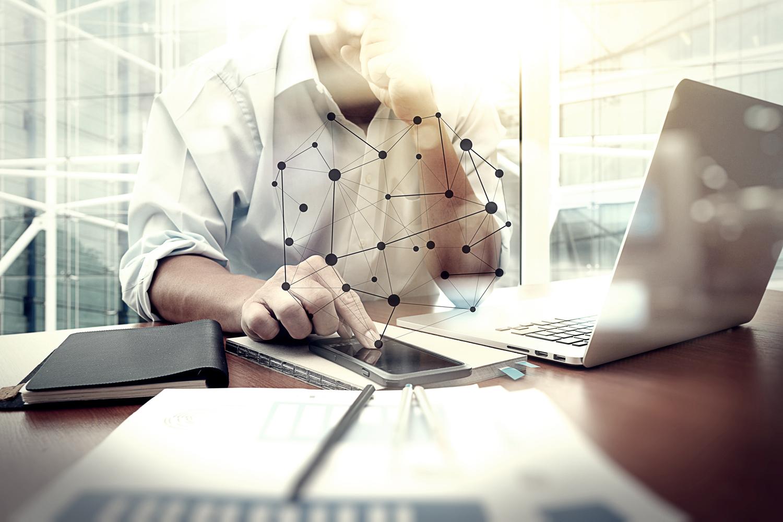 cameră inteligentă de tranzacționare tranzacționează și câștigă bani pe internet