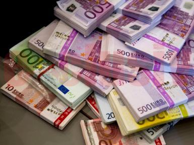 faceți bani vizionând videoclipuri și bani roboți pentru a face bani pe Internet fără investiții