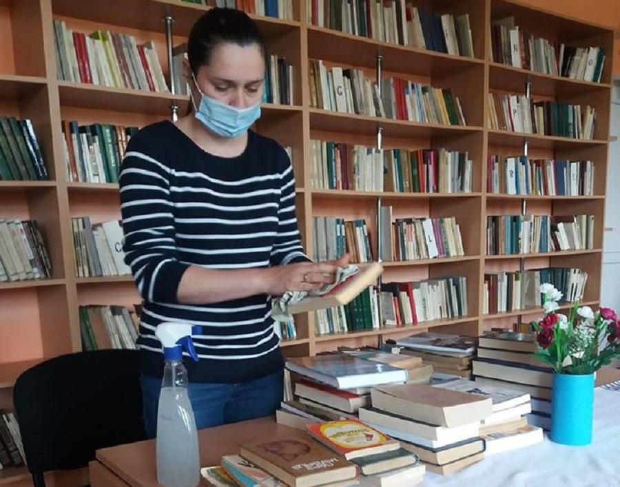 cum să faci bani pentru bibliotecă faceți bani înăuntru și în afară